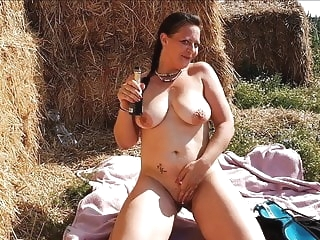 HUGE TITS GERMAN MILF FUCK OUTDOOR! EXTREME PUBLIC FUCKING mature public nudity